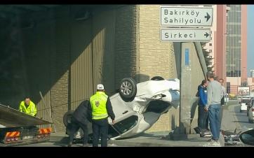 Trafik kazası İstanbul Yeşilköy